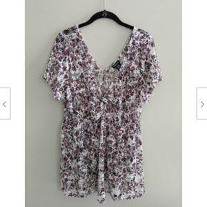 Torrid Floral Lace Top Short Sleeves V Neck Size 2